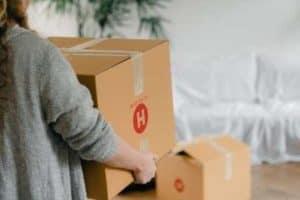 Nos diverses activités : l'emballage de vos affaires et le transport de vos colis
