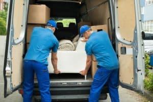 Self déménagement ou le déménagement accompagné d'un professionnel ?