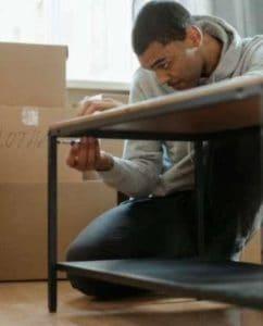 Les bienfaits de se faire accompagner par un professionnel du déménagement